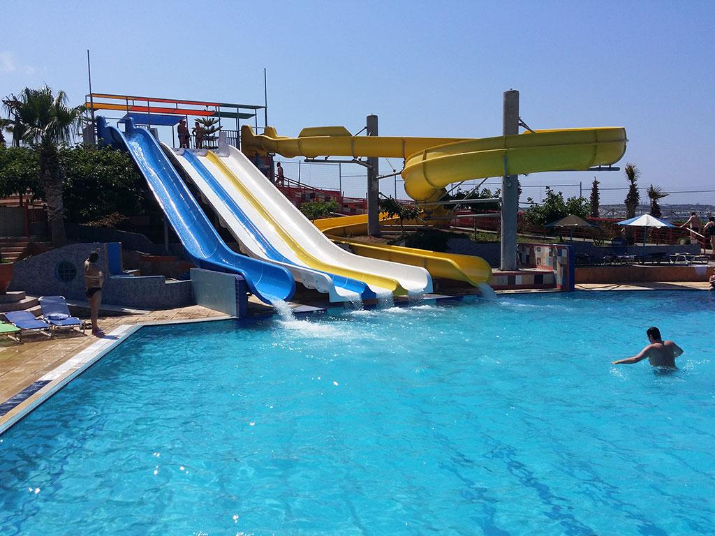 1335_eri-beach-hotel_74687